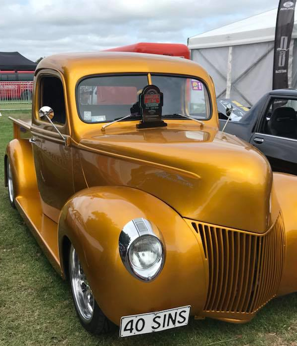 Real Rides Award Winning Gold Ford Pickup